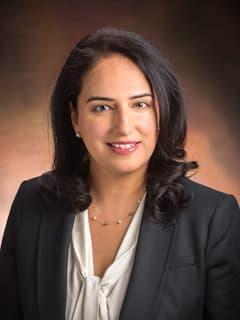 Ayesha Malik, OD